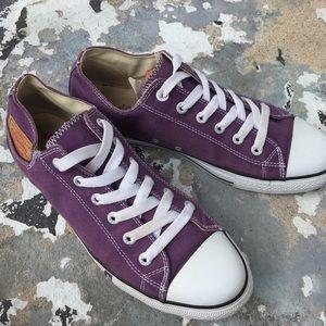 Levi's purple canvas lace up sneakers men's 12